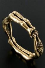 Cockring BallRing (diam: 5cm) : Un anneau taille xl composé de deux femmes enchainées, pour enserrer votre sexe prêt à exploser.