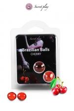 2 Brazillian balls - cerise : La chaleur du corps transforme la brazilian ball en liquide glissant au parfum de cerise, votre imagination s'en trouve exacerbée.